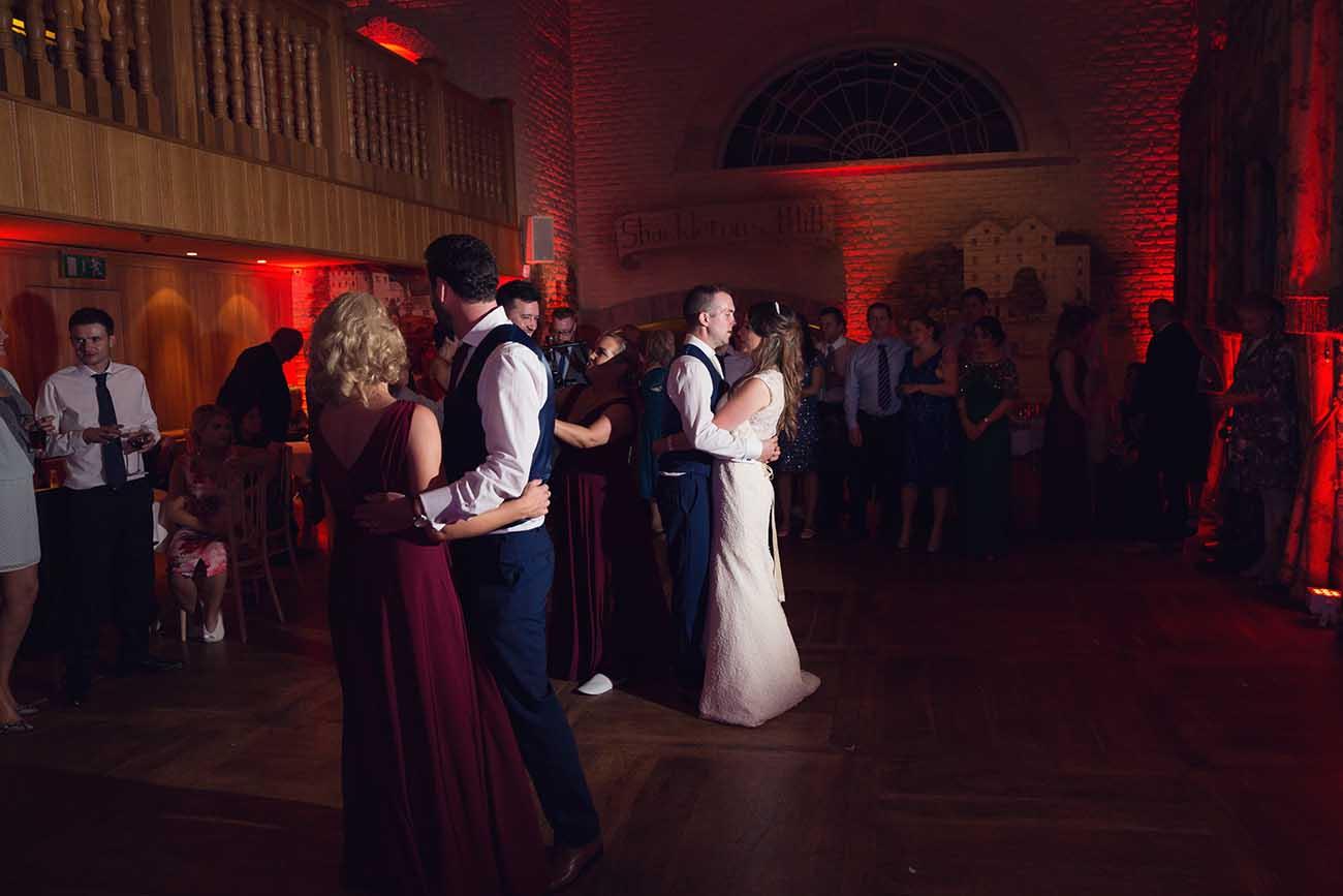 Cliff-at-Lyons-wedding-88