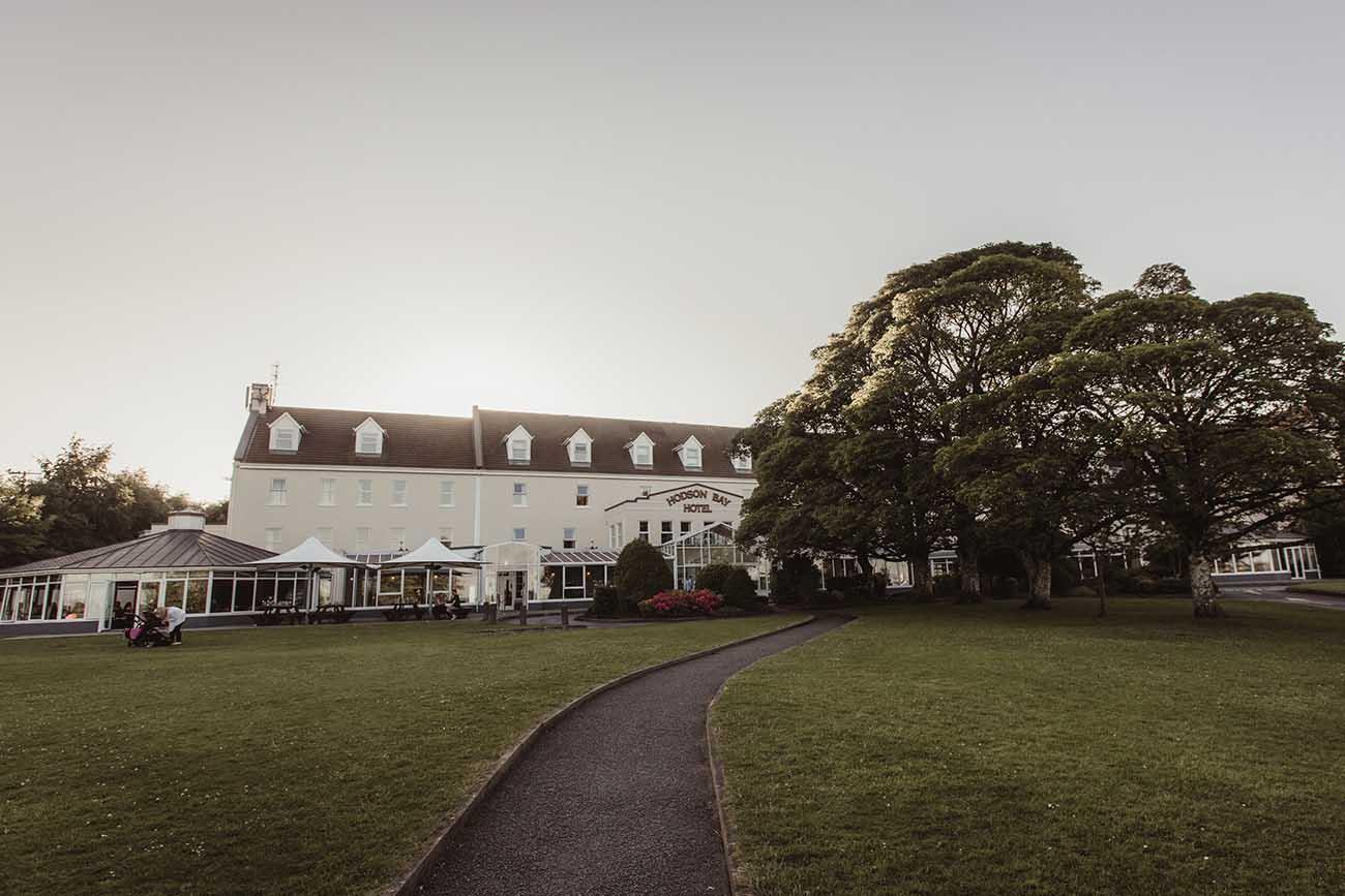 Hodson-Bay-hotel-wedding-050
