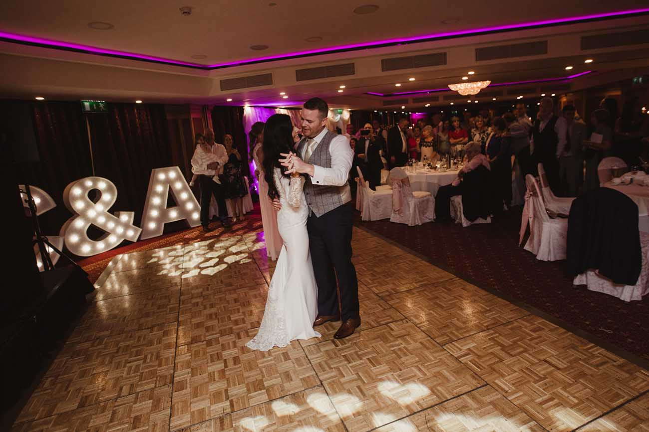Radisson-Blu-St-Helens-wedding-92